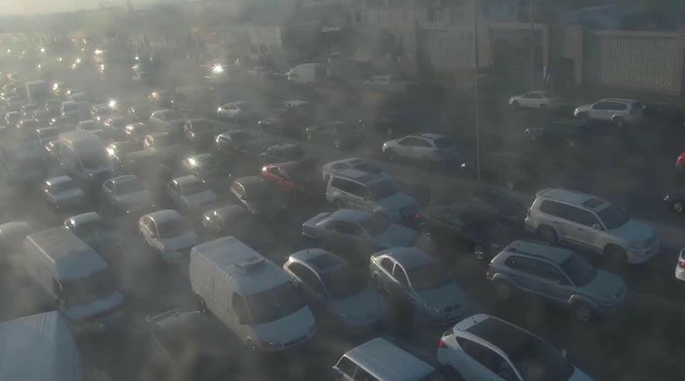 На проспекте Зии Буниятова образовалась пробка из-за аварии