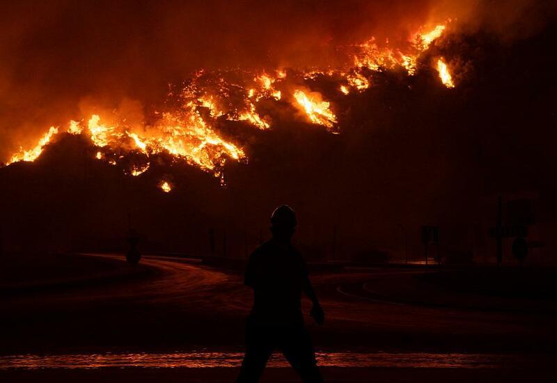 Лесные пожары в Турции добрались до ТЭЦ