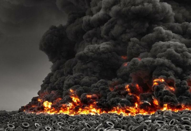 Пожар на крупнейшей на планете свалке автопокрышек