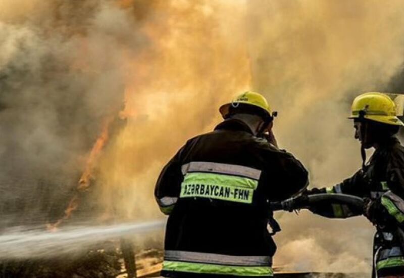 В Масазыре произошел пожар в здании