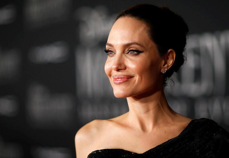 Анджелина Джоли зарегистрировалась в Instagram для поддержки афганцев