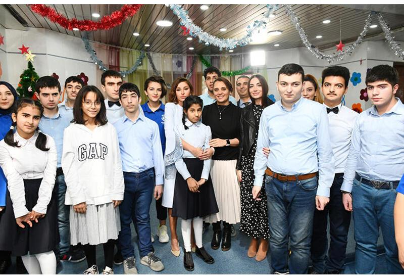 Первый вице-президент Мехрибан Алиева: Большое спасибо моим дорогим друзьям из Центра реабилитации детей с расстройством аутистического спектра