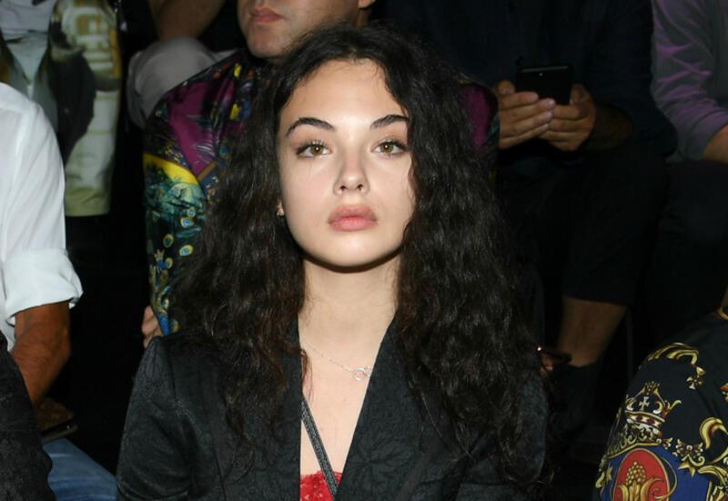 16-летняя дочь Моники Беллуччи показала фото без макияжа
