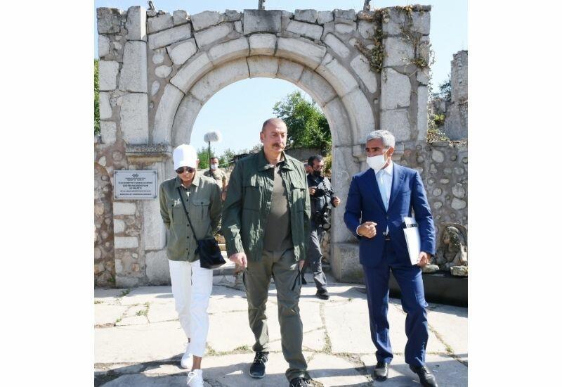 Президент Ильхам Алиев и Первая леди Мехрибан Алиева ознакомились с предстоящими работами в доме-музее Узеира Гаджибейли в городе Шуша