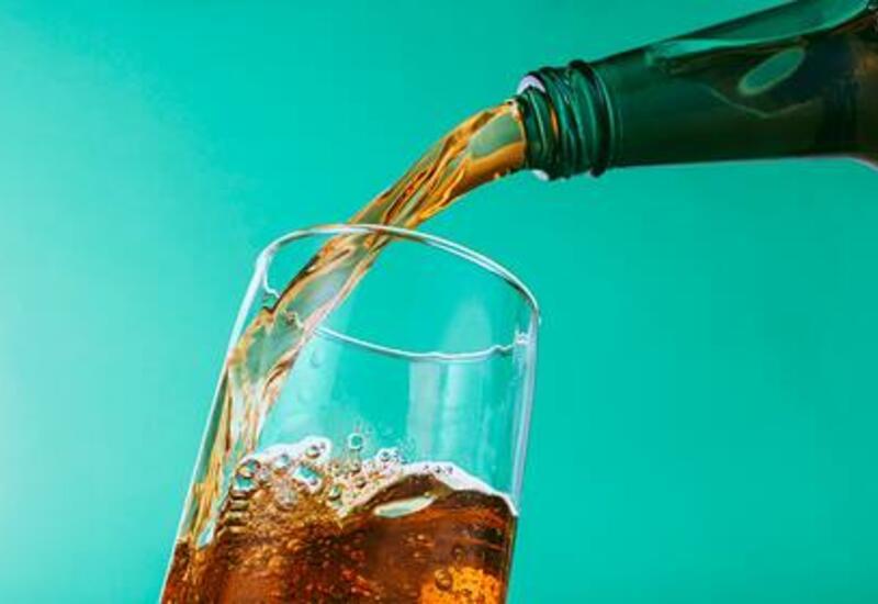 Диетолог предупредила об усиливающих воспалительные процессы напитках