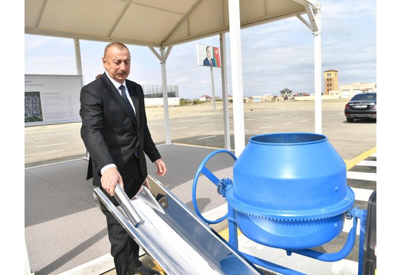 Президент Ильхам Алиев принял участие в закладке фундамента очередного жилого комплекса в рамках проекта льготного жилья в Сумгайыте