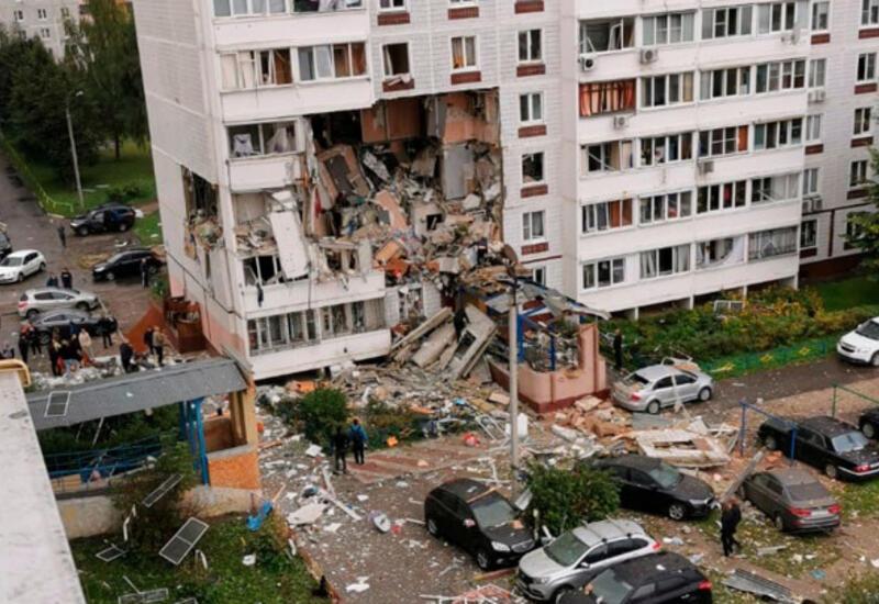 Взрыв в жилом доме в России, под завалами остались люди