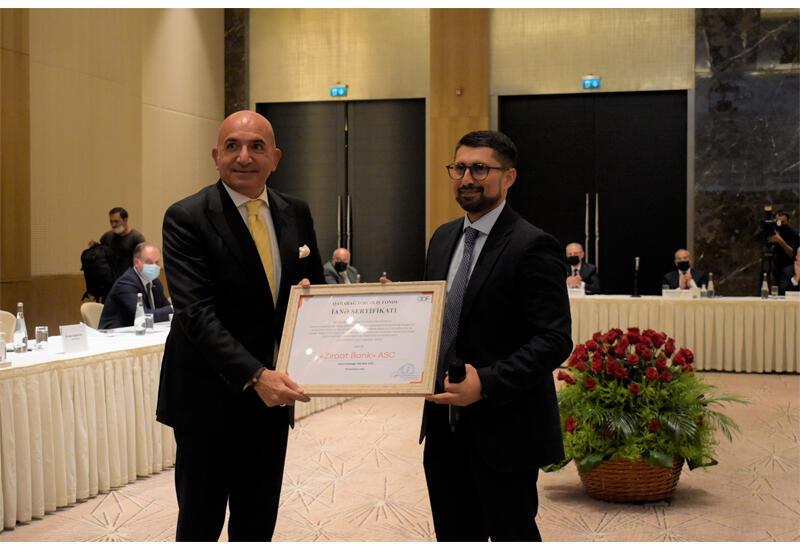 Ziraat Bank Azərbaycan-ın sədrinə Qarabağ Dirçəliş Fondu tərəfindən xüsusi sertifikat təqdim edilib