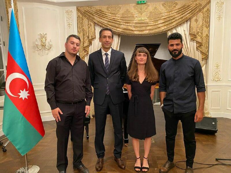 Во Франции состоялся концерт, посвященный памяти 4000 без вести пропавших азербайджанцев
