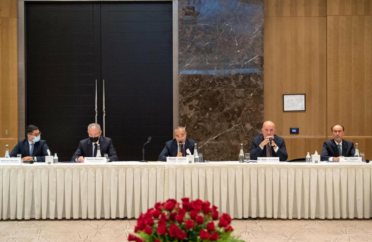 Kapital Bank награжден специальным свидетельством Фонда возрождения Карабаха