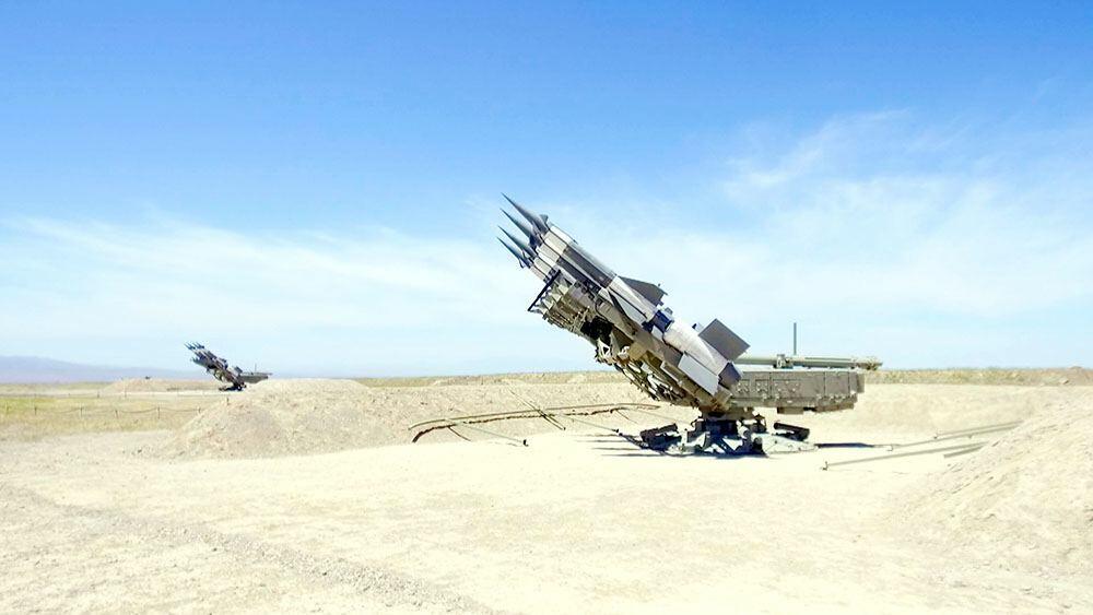 Комплексные учения в подразделениях ПВО Нахчывана