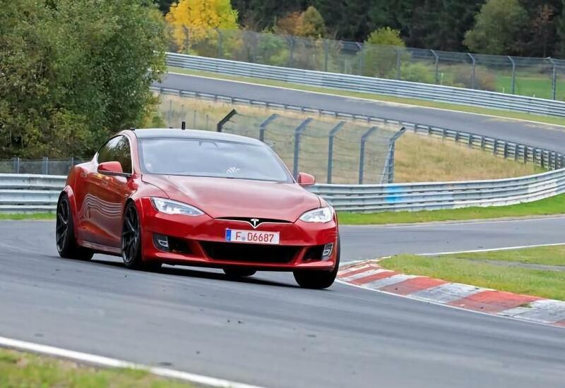 Мощнейшая Tesla Model S побила рекорд Porsche Taycan