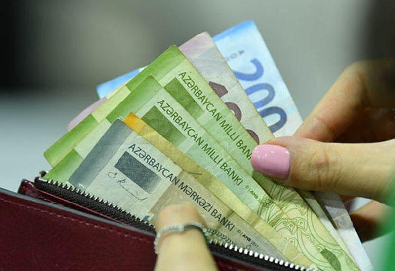 В Азербайджане с начала года на соцвыплаты выделено около 4 млрд манатов