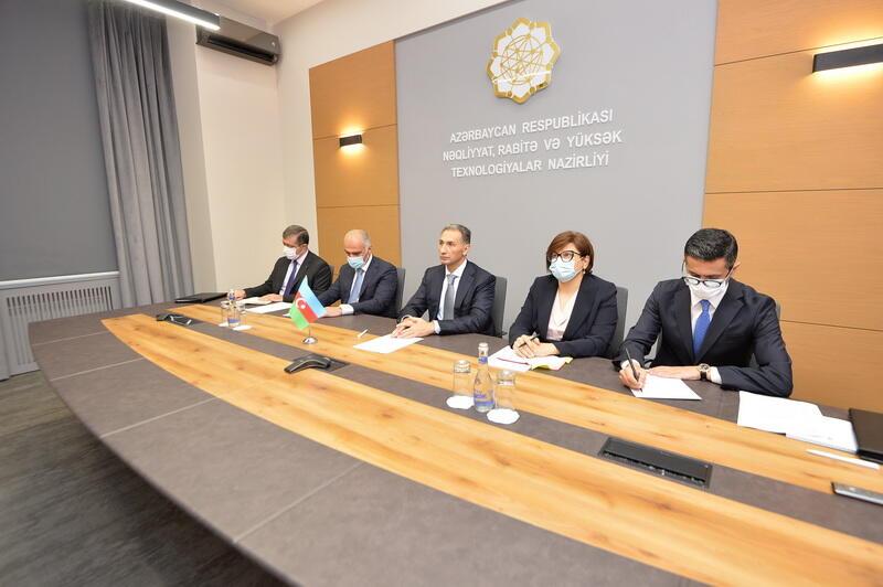 Состоялась встреча министров транспорта Китая и Азербайджана