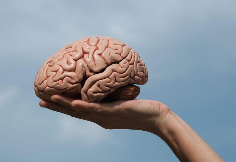 Психотерапевт перечислила первые признаки деменции