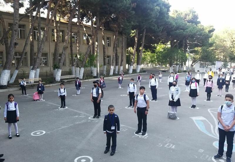 В Азербайджане начинаются очные занятия в учебных заведениях