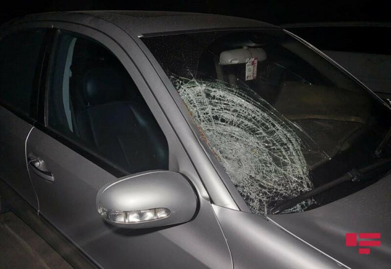 В Сальяне автомобиль сбил насмерть подростка