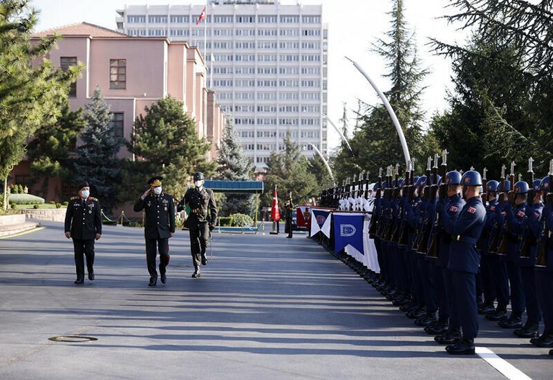 Начальники генштабов Азербайджана и Турции провели встречу в Анкаре