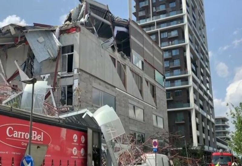 На севере Индии обрушилось здание