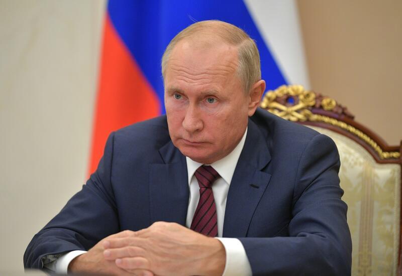 Владимир Путин рассказал о причинах ухода на самоизоляцию