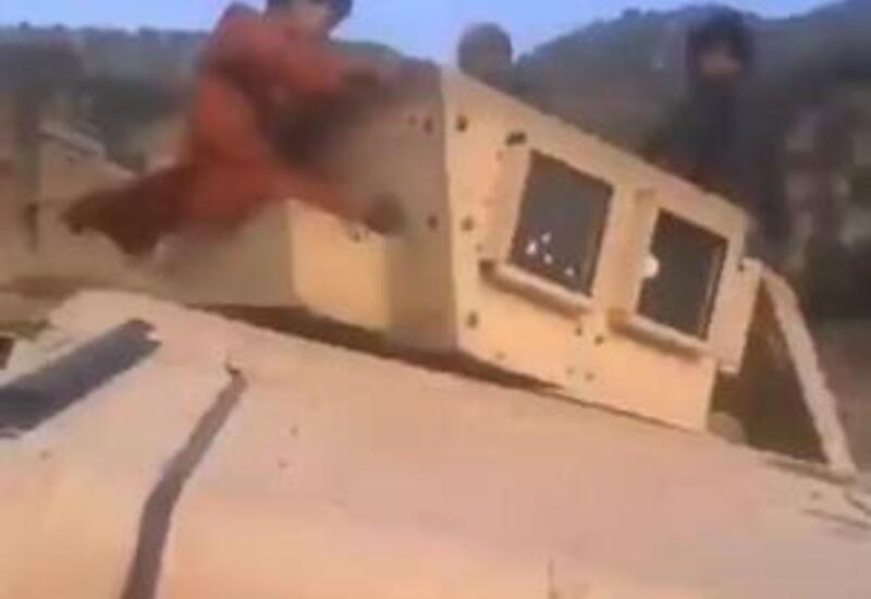 Когда все горки и качели разбомбили: печальные будни афганских детей