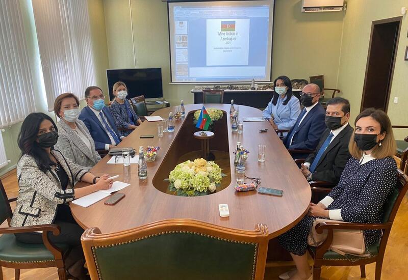 В Агентстве Азербайджана по разминированию прошла встреча с делегацией Ассоциации омбудсменов ОИС