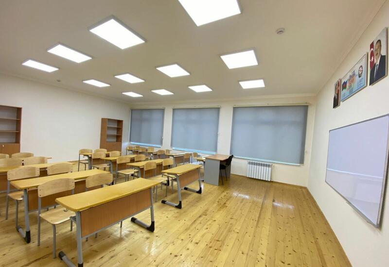 В Баку еще одна школа переведена на дистанционную форму обучения