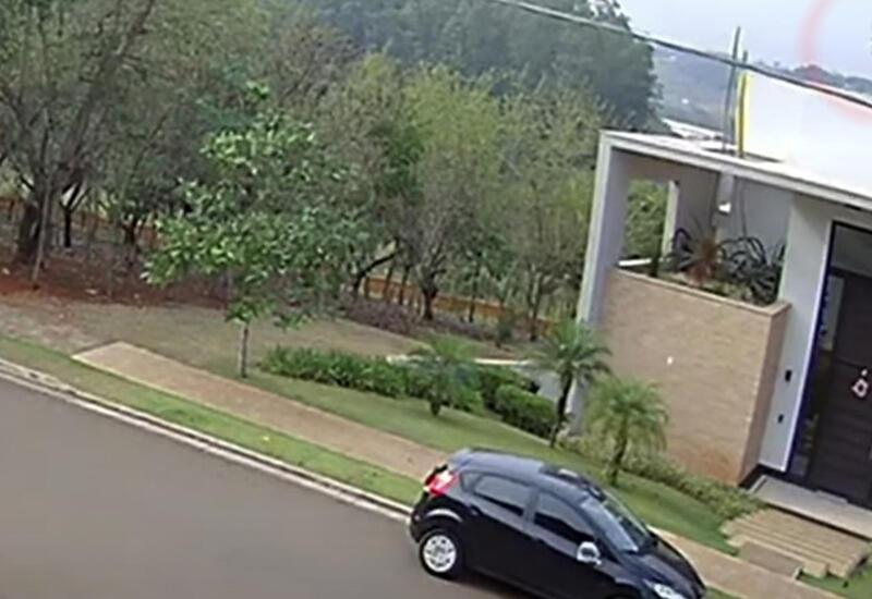 Крушение самолета в Бразилии попало на камеру