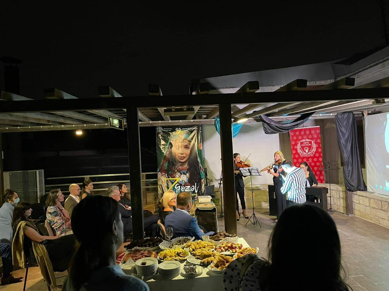В старинной части Баку прошел вечер литовской музыки