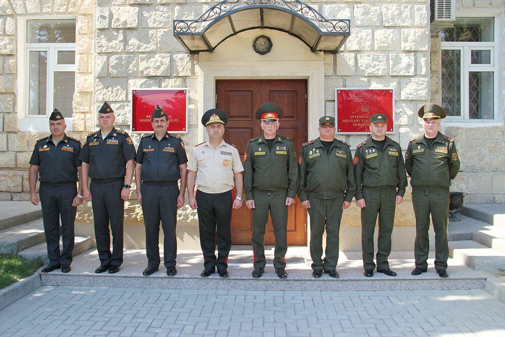 Состоялась рабочая встреча военных финансистов Азербайджана и Беларуси