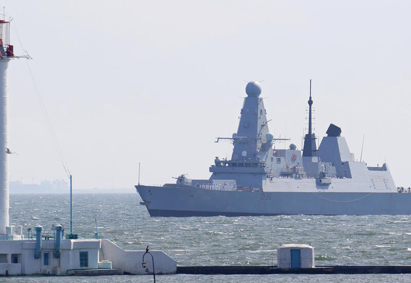 Китай не пустил немецкий фрегат в порт Шанхая