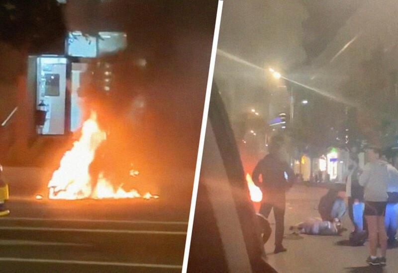 В центре Москвы мотоцикл загорелся после столкновения с ГАЗелью