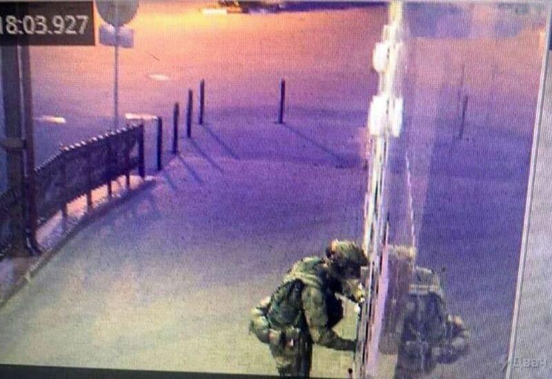 Появились кадры вооруженного нападения на полицейский участок в России