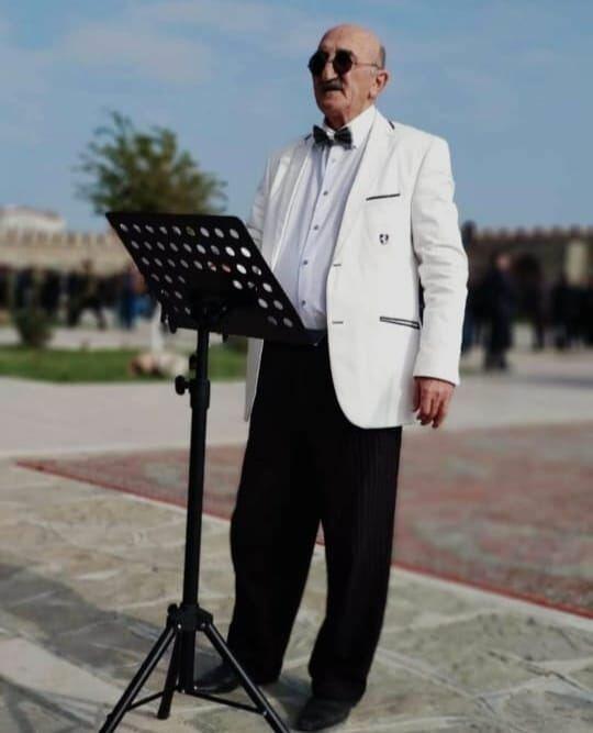 В Азербайджане скончался известный дирижер