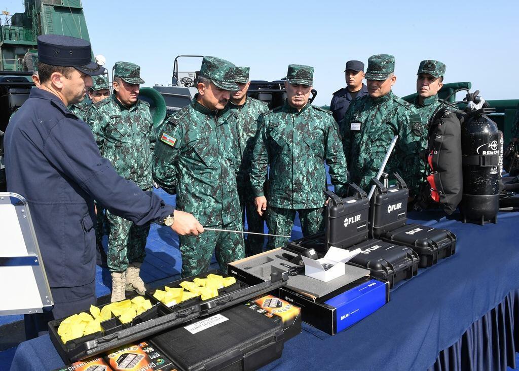 ГПС провела учения на Каспии с целью пресечения террора и диверсий