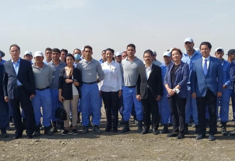 Омбудсмен Азербайджана наградила ряд сотрудников Агентства по разминированию почетными грамотами