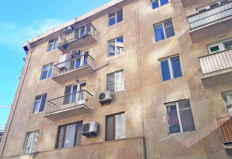 В Баку упали цены на жилье