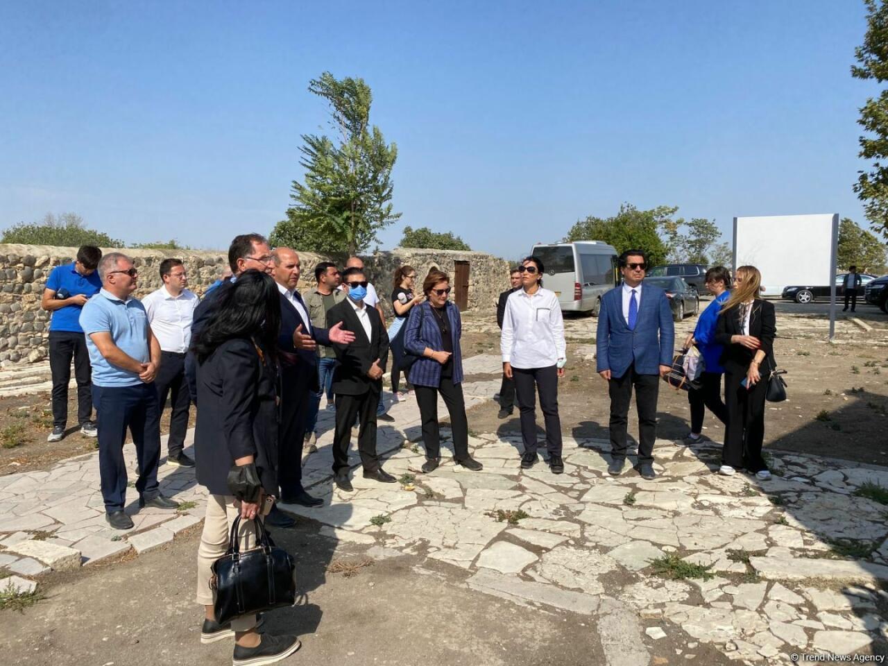 Миссия по расследованию фактов преступлений Армении на территориях Азербайджана в период оккупации находится в Агдаме