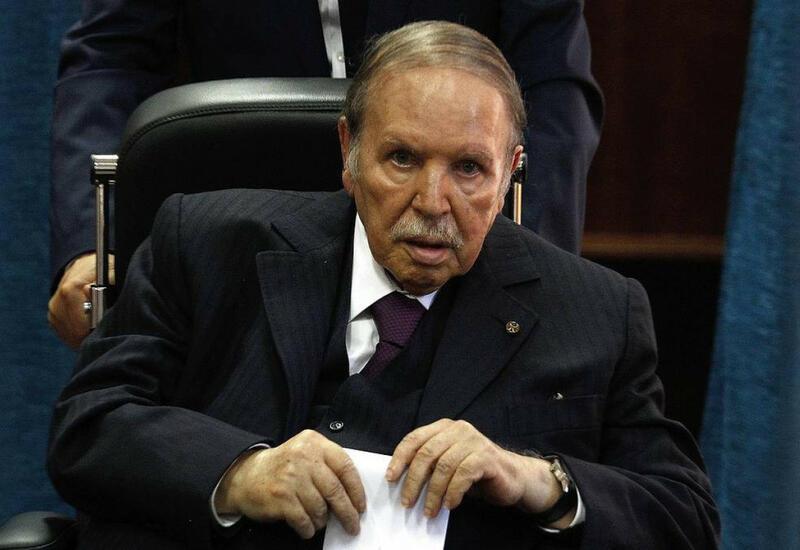 В Алжире объявили трехдневный траур