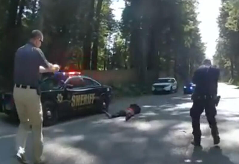 Полицейские в США застрелили подозреваемого, пытавшегося сбежать