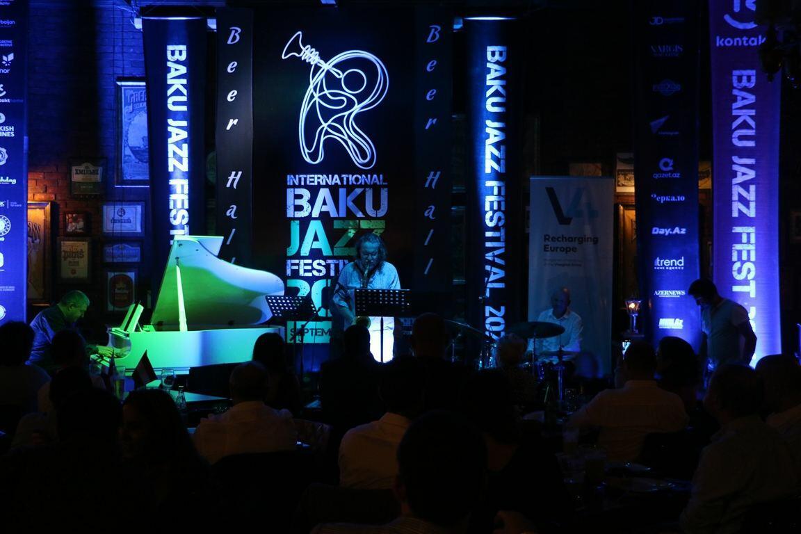 Атмосфера волшебного вечера в Баку с музыкантами из четырех стран