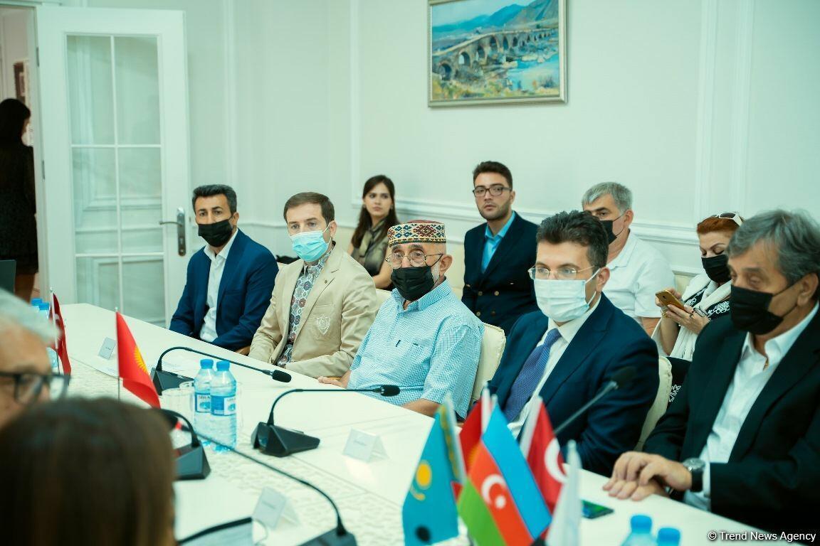 В Баку состоялась церемония гашения марок в честь Узеира Гаджибейли, изданных в Испании