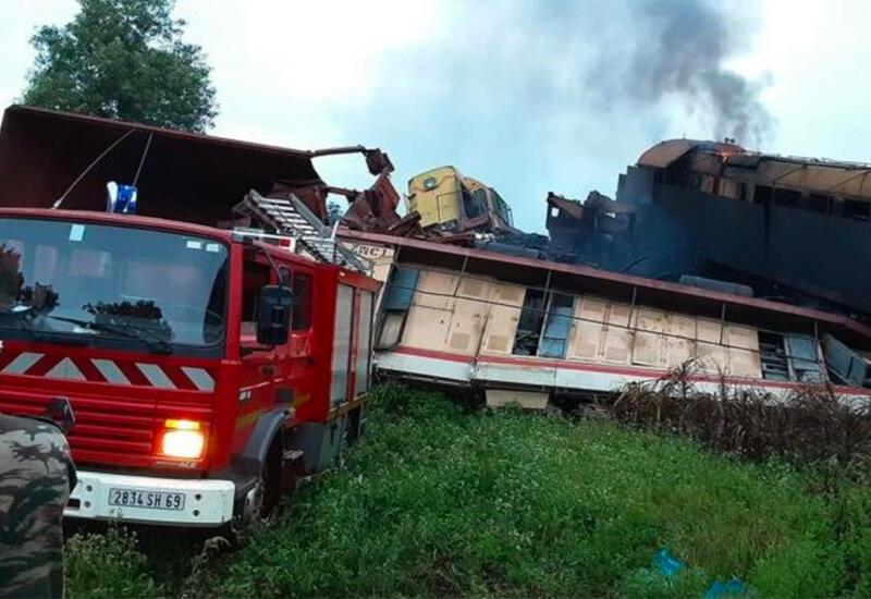 Два грузовых состава столкнулись в Гвинее
