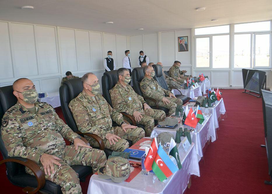 Генералы из Азербайджана, Турции и Пакистана наблюдали, как спецназовцы уничтожили объекты условного противника