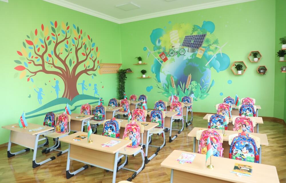 Президент Ильхам Алиев ознакомился с условиями, созданными в полной средней школе номер 71 Сабунчинского района Баку
