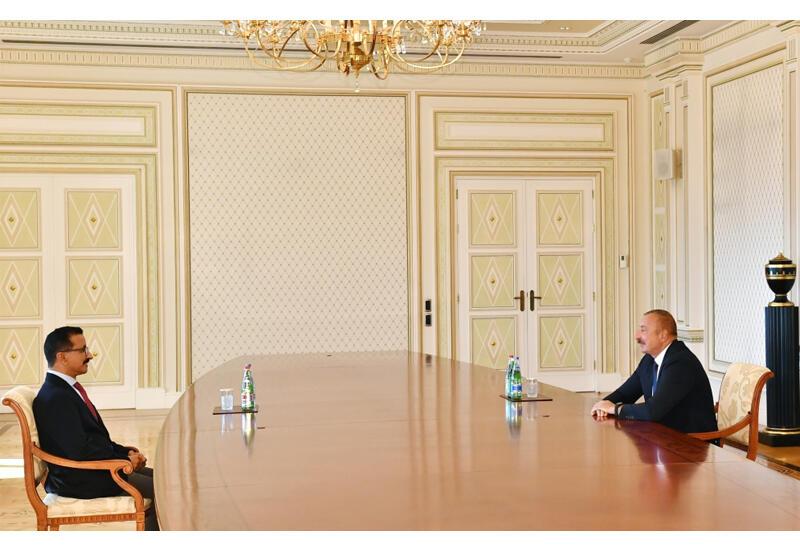 Президент Ильхам Алиев принял председателя и исполнительного директора группы компаний DP World Султана Ахмеда бин Сулаима