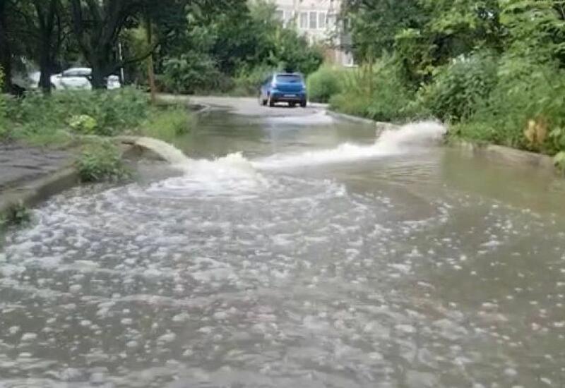 Сильные дожди затопили два российских города