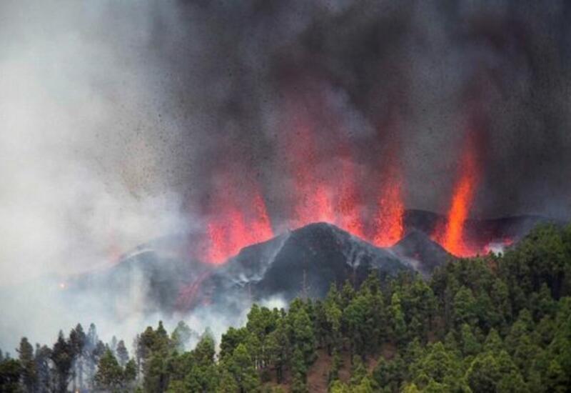 Канарский остров Пальма плавится от извержения вулкана