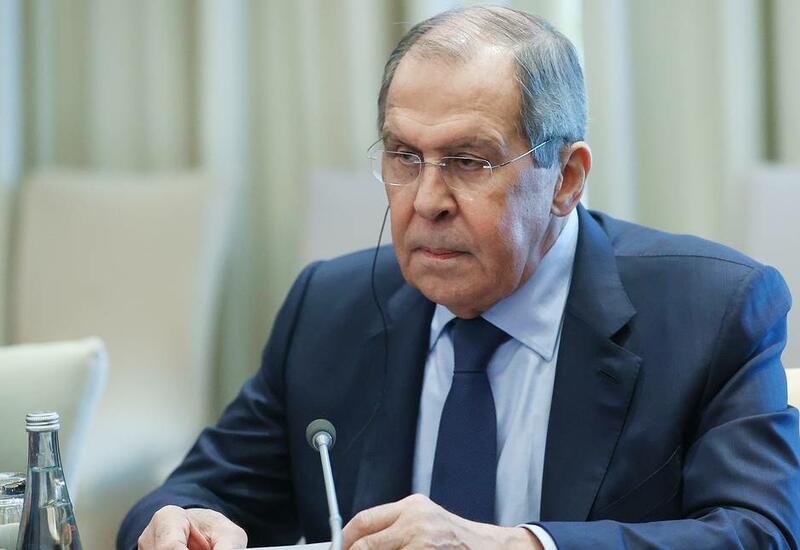 Лавров пошутил над журналистами перед встречей с генеральным секретарем НАТО