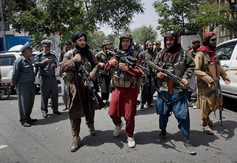 Чем занимаются талибы, спустя месяц правления в Афганистане